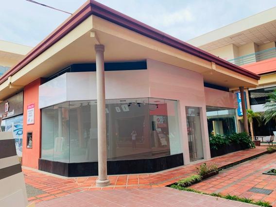 Local Comercial En Dicentro Estrategicamente Ubicado