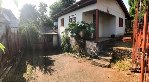 Casa Em Vila Nova Com 2 Dormitórios - Ot7456