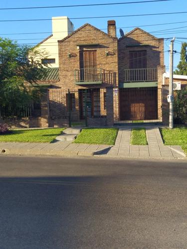 Imagen 1 de 14 de Casa 5 Ambientes Y 2 Baños