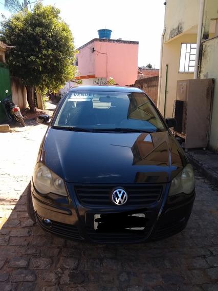 Volkswagen Polo Sedan Sedan