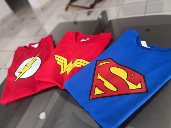 Playera Super Heroes. Superman, Mujer Maravilla, Flash