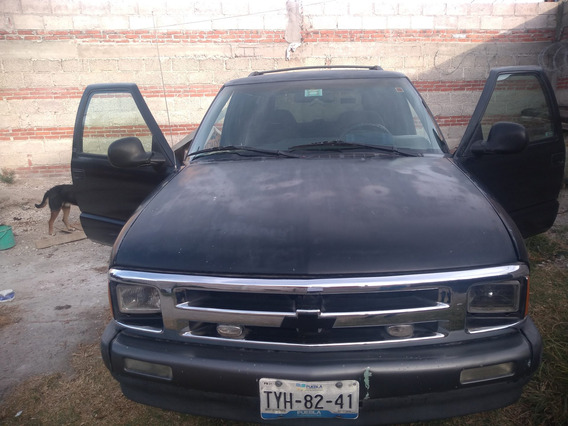 Chevrolet Blazer 95 Color Negro