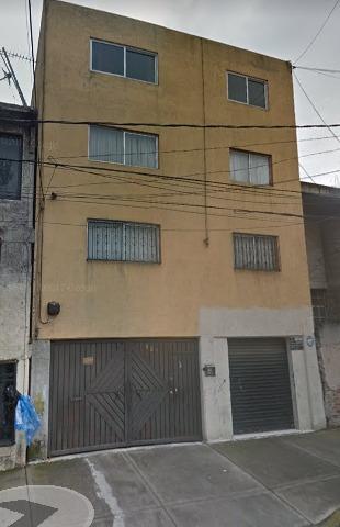 Departamento En Remate Bancario En Moctezuma 2da Secc.