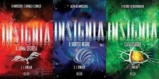Livro Trilogia Insignia O Futuro Ext S. J. Kincaio