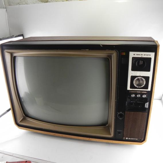 Tv Antiga Sanyo Color Deluxe C/ Defeito Para Decoração Ctp6707