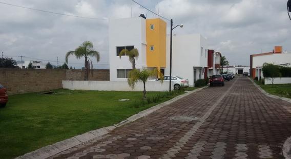 Casa En Renta Camino A Ocotlán, Santa Barbara Almoloya