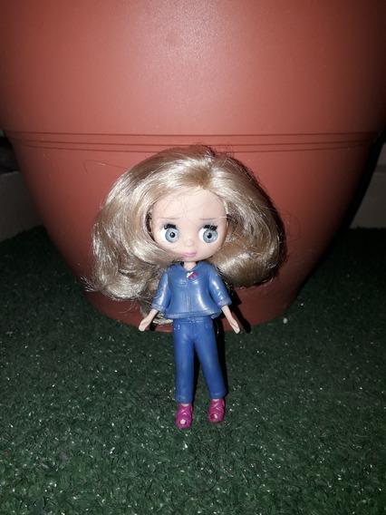 Muñeca Geli No - Es Blythe Y Accesorio Hasbro Talla 10 Cm.