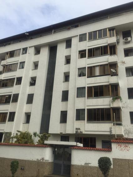 Apartamento Macaracuay Caracas 0414.1104703 / 0412.7009343