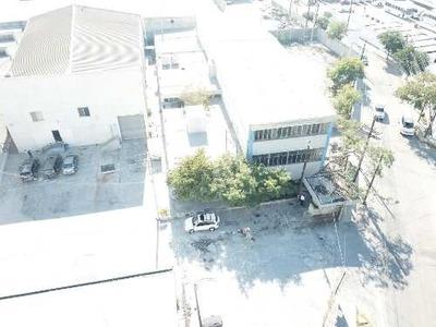 Renta De Bodega De 835 M2 En San Pedro Garza Sarcia, Nuevo León