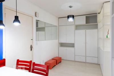 Apartamento No 1º Andar Mobiliado Com 1 Dormitório - Id: 892931883 - 231883