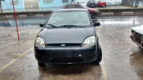 Imagem 1 de 6 de Ford Fiesta Para Retirada De Peças