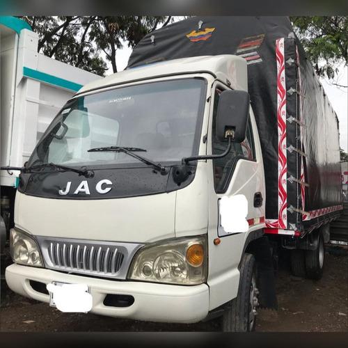 Camion Jac 1040 De 3.5 Toneladas Estacas 2015