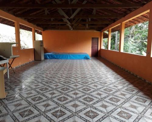 Imagem 1 de 30 de Vendo Chácara 4.065 M² Salão 150 M² 6 Quartos 2 Banheiros Jarinu/sp. - Ch00025 - 33507189