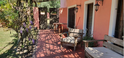Casa Quinta Vintage En Pinares * 3 Dormitorios- Ref: 5378