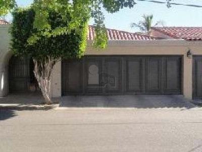 Residencia En Venta En La Colonia Pitic En Hermosillo, Sonora