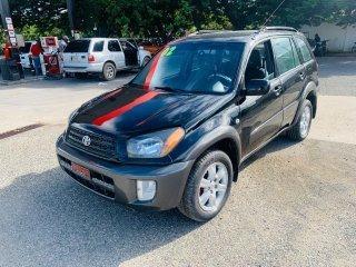 Toyota Rav4 Negra Nitida