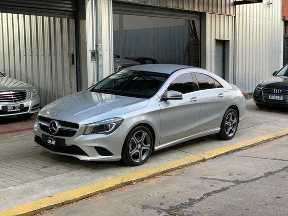 Mercedes-benz Cla200 1.6 Urban 156cv Mt /// 2013 - 43.000km