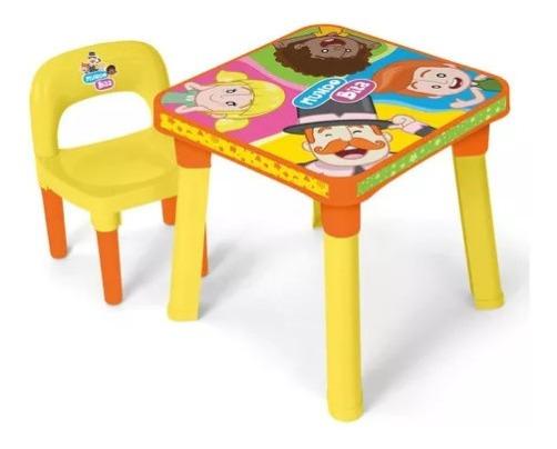 Mesinha Mundo Bita Infantil Didatica Mesa + Cadeira + Boneco
