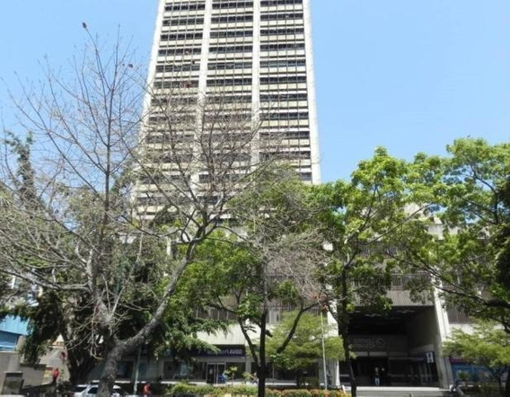 Oficina En Venta En Altamira. Mls #20-7649