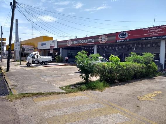 Venta De Terreno Comercial En Avenida Itzaes Mérida