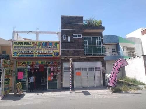 Casa En Avenida Principal Sobre 2 Bahias , Torrentes, Veracruz
