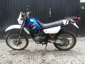 Suzuki Dr 200. Azul 3