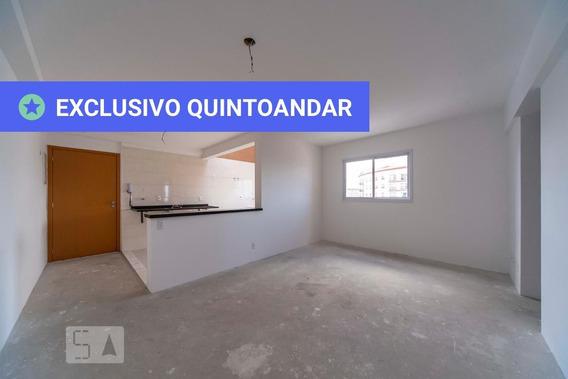Apartamento No 7º Andar Com 2 Dormitórios E 2 Garagens - Id: 892975024 - 275024