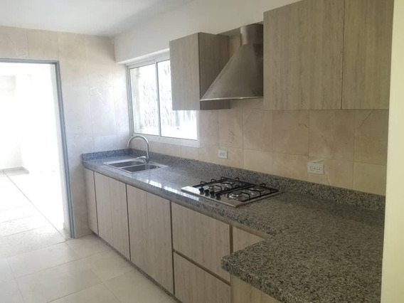 Apartamento En Alquiler Este Barquisimeto 20-5310 Jcg