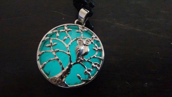 Colar Árvore Da Vida Que Brilha No Escuro.