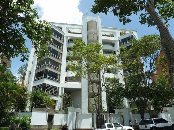 Apartamento En Venta Clnas. De Valle Arriba Mls 20-6560