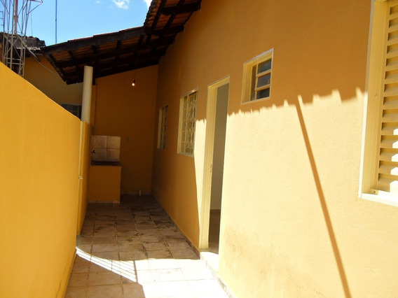 Casa Ap De Goiânia, Vila Alzira, 01 Quarto, R$ 450,00 (un01)