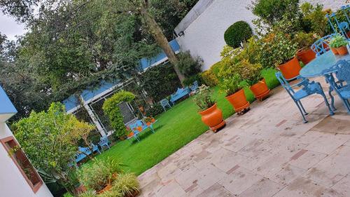 Imagen 1 de 14 de Residencia En Venta Con Acabados De Lujo & Jardín