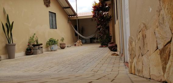 Vendo Villa Acogedora En El Valle De Yunguilla
