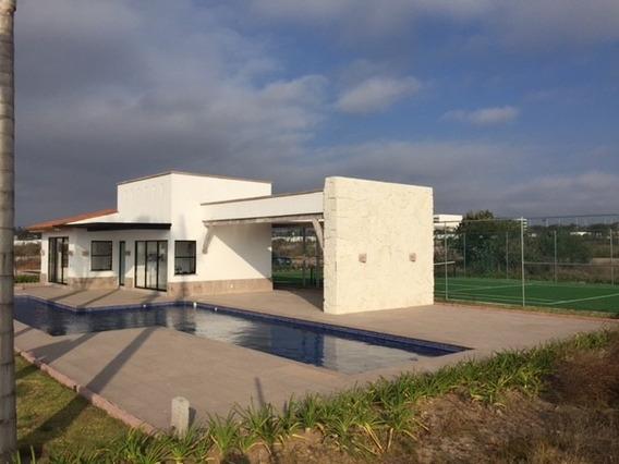 Casa De 1 Planta En Zona Residencial