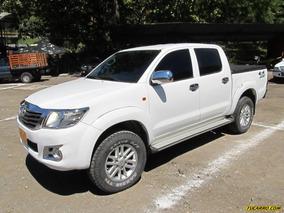 Toyota Hilux 2.4l Mt 2400cc 4x4 Pm Aa