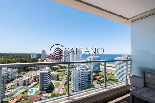 Excepcional Apartamento Con Hermosa Vista En Brava- Ref: 2329