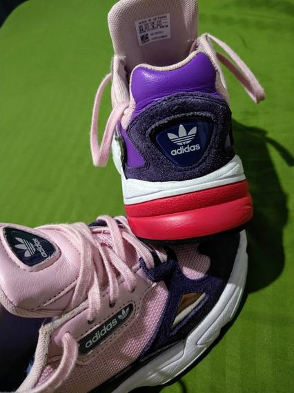 Tênis adidas Falcon Unissex