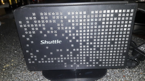 Imagen 1 de 6 de Mini Pc O Mini Cpu Shuttle