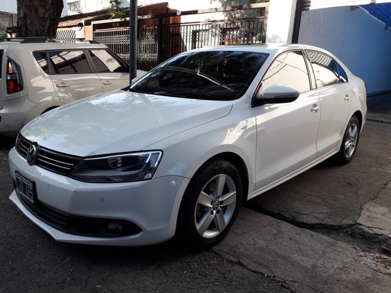 Volkswagen Vento 2.5 Luxury 170cv 2012 New Cars