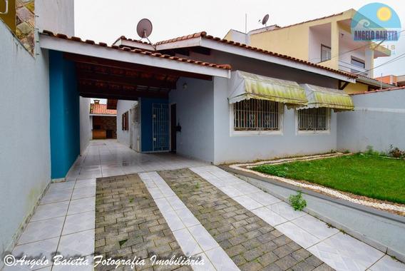 Casa No Bairro Jardim Três Marias Em Peruíbe - 2232