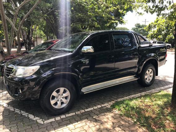 Toyota Hilux 2.7 Std Cab. Dupla 4x4 Flex 4p 2013
