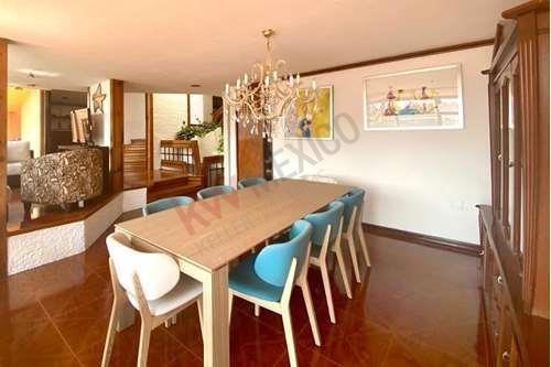 Casa En Venta En Fuente De La Emperatriz (privada) En Lomas De Tecamachalco $11,450,000.00