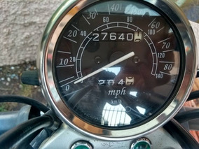 Vendo Moto Suzuki Chopper De Color Negra Poco Uso