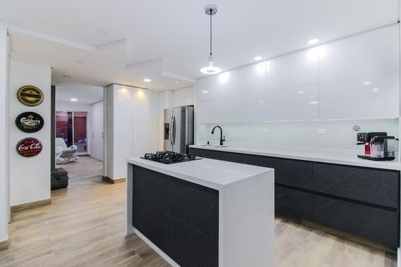 Apartamento De 90m2 + 2 Terrazas De 25 Y 100m2