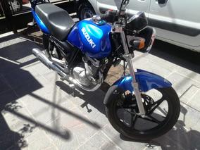 Suzuki En 125.