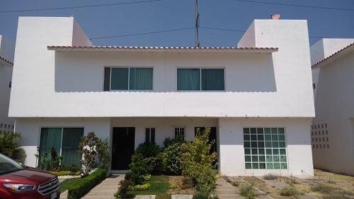 Mision Residencial Vendo Hermosa Casa