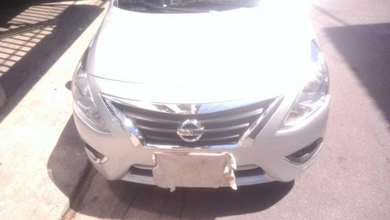 Nissan Versa 1.6 16v S 4p 2017