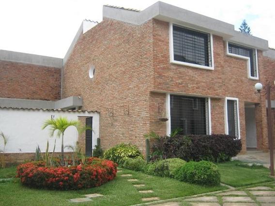 Town House En Venta Piedra Pintada Valencia Cod 19-8369 Ar
