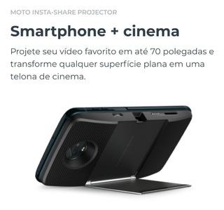 Moto Z2 Play + Projetor