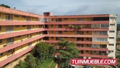 Apartamento En Venta En La Floresta, Guacara 19-15001 Em